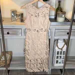 Feminine Floral Pencil Dress!